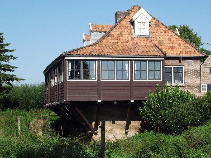 Watermolen omgebouwd tot woonhuis
