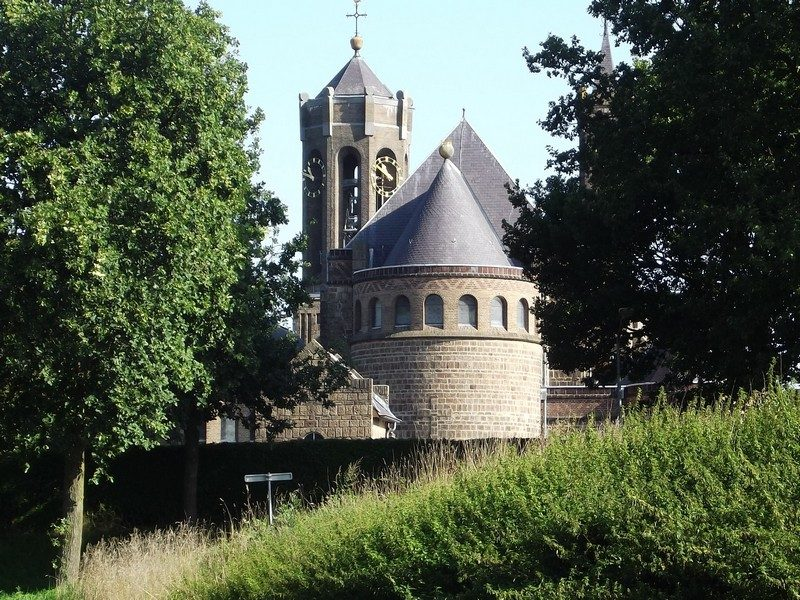 De kerk van Hout-Blerick