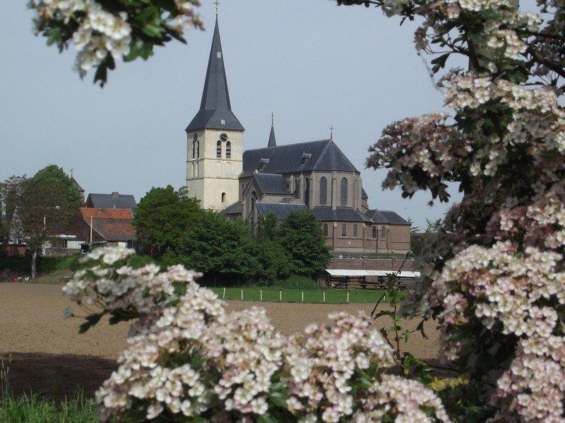 De kerk van Kessenich