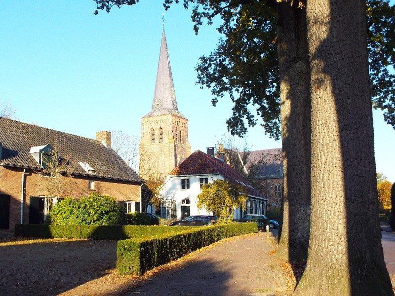 Oude Sint Nicolaaskerk in Helvoirt