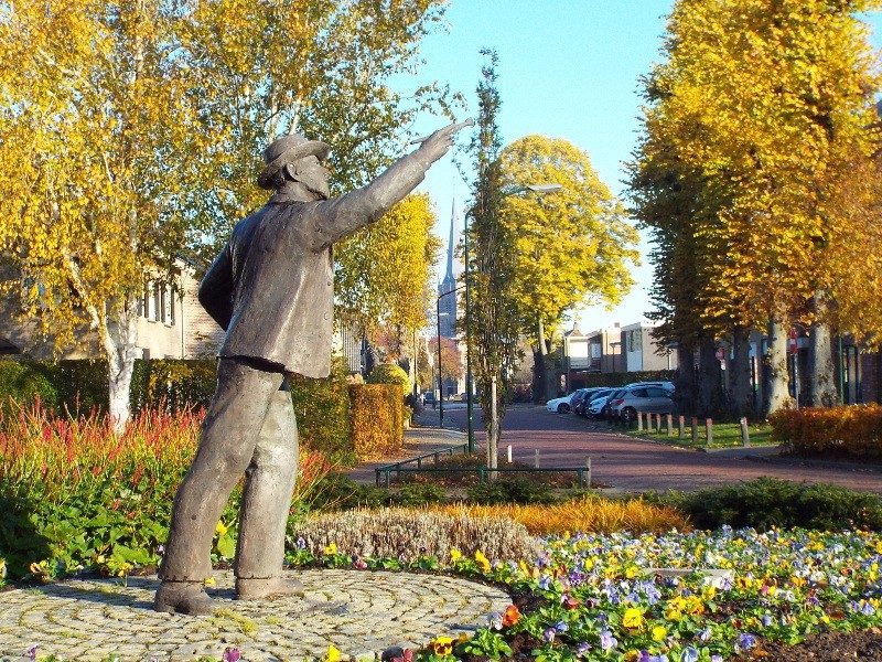 Standbeeld van Vincent van Gogh