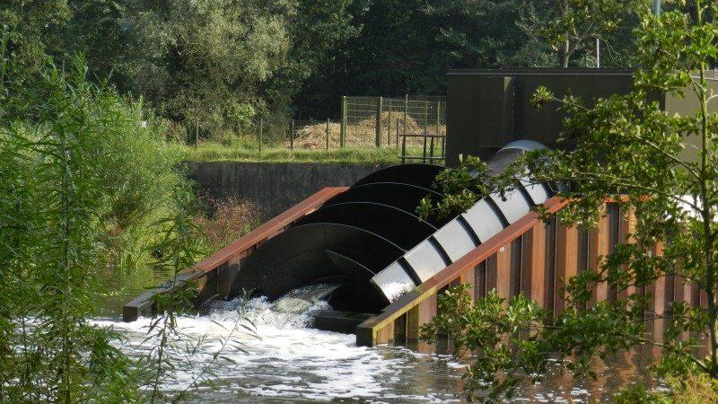 Waterkrachtcentrale in de Dommel.