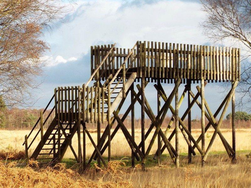 Uitkijktoren, helaas na 30 jaar trouwe dienst afgebroken.