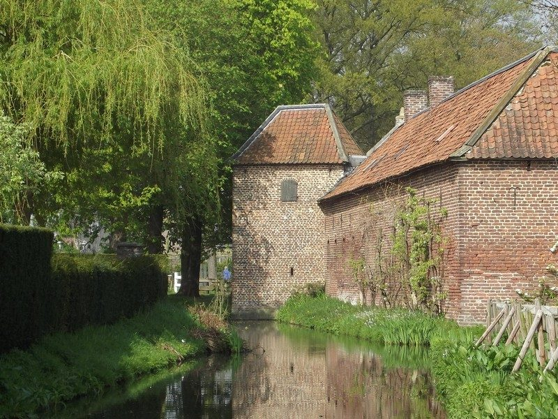 Poortgebouw van kasteel De Borggraaf