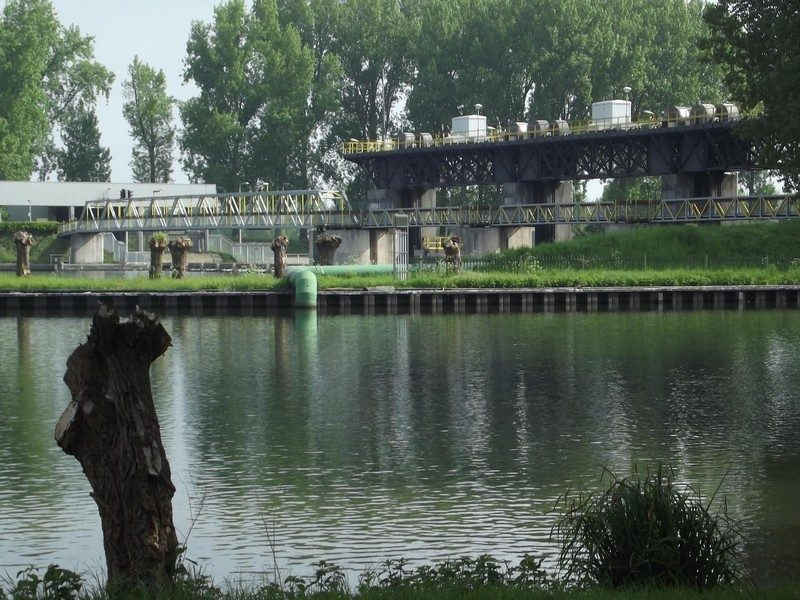 Sluis- en stuwcomplex Linne