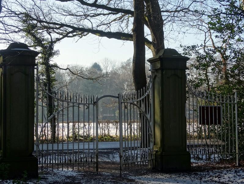 Het oude tolhek naar het Kloosterbos