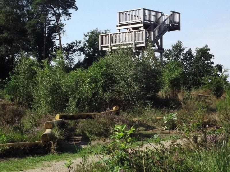 Uitkijktoren op de Herkenbosscher heide
