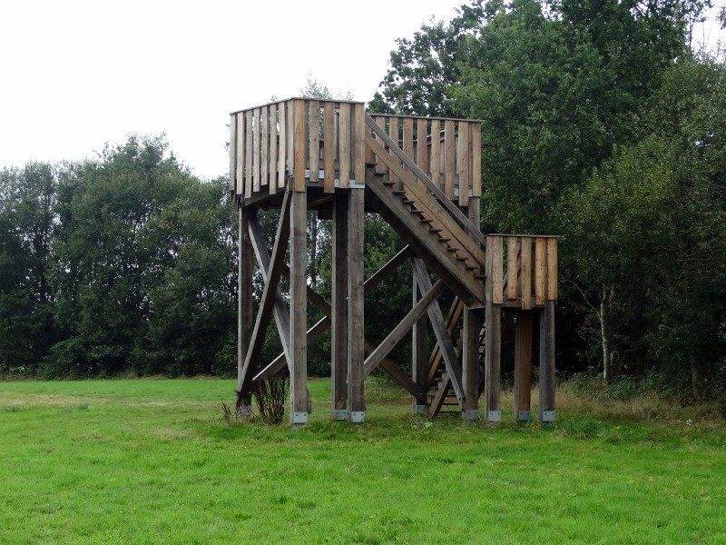 De uitkijktoren bij Höfte