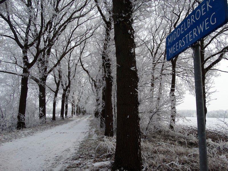De Middelbroekmeersterweg bij Laude