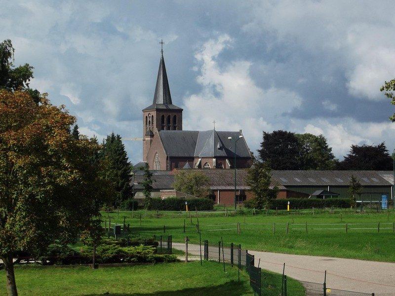 De kerk in Beugen