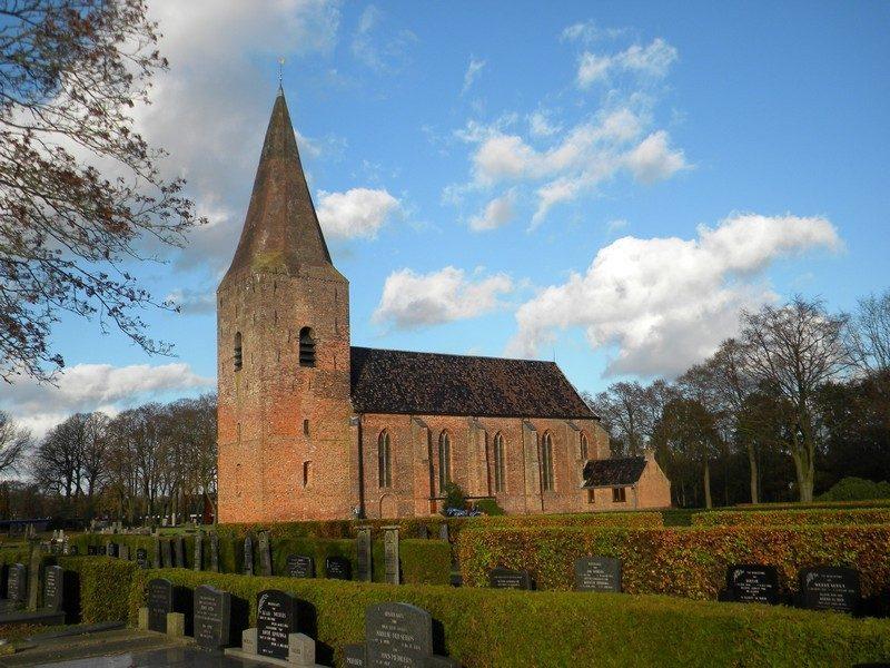 De Nicolaaskerk met de Juffertoren