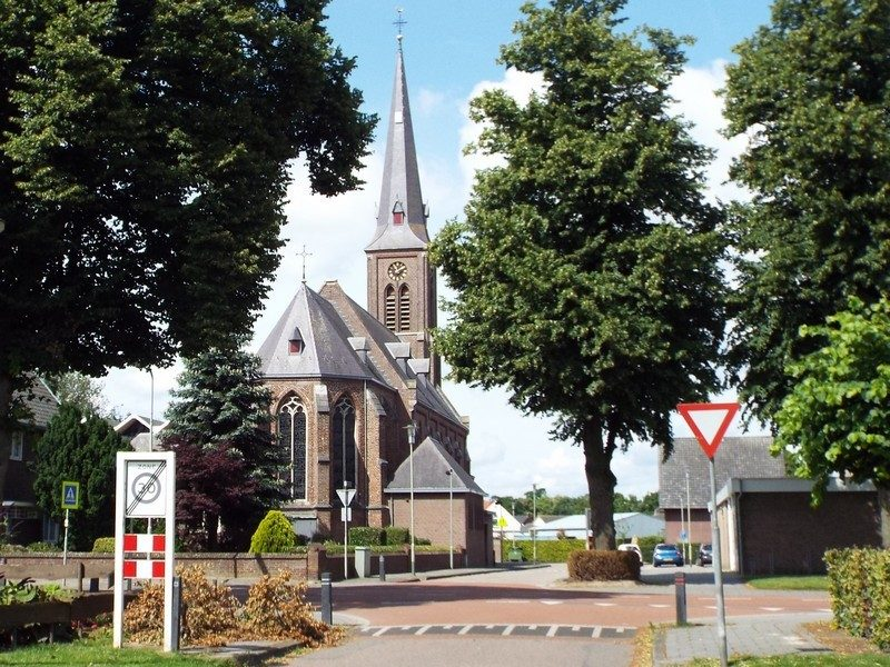 Kerk in Leunen