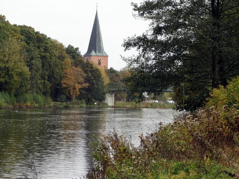 De 16de eeuwse toren van Steinbild in zicht