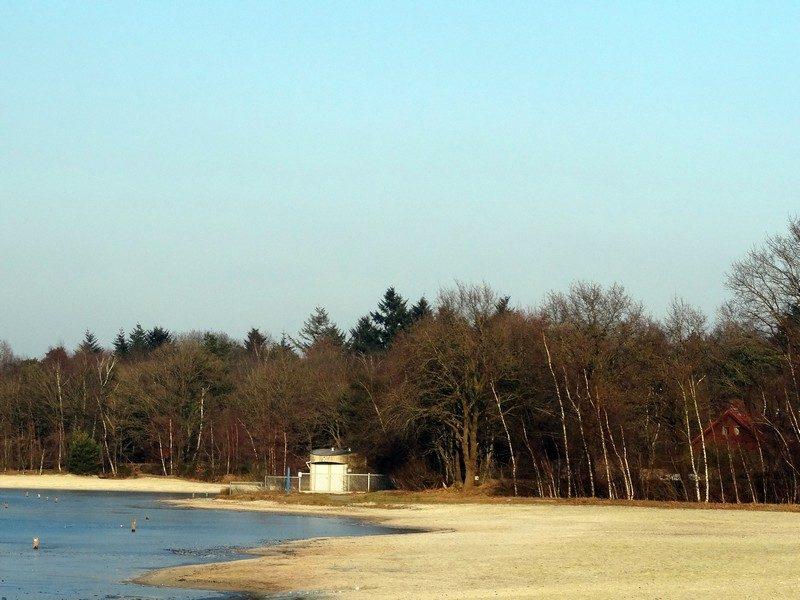 Het strand en de camping van Sellingerbeetse