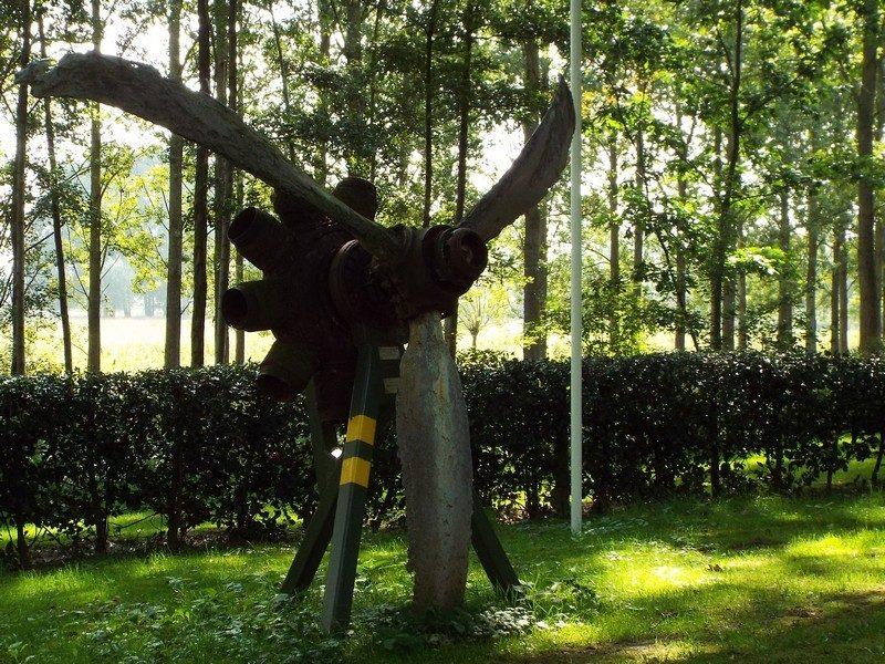 Monumentje ter nagedachtenis aan de oorlogsslachtoffers