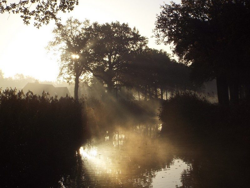 Het kanaal de Helenavaart