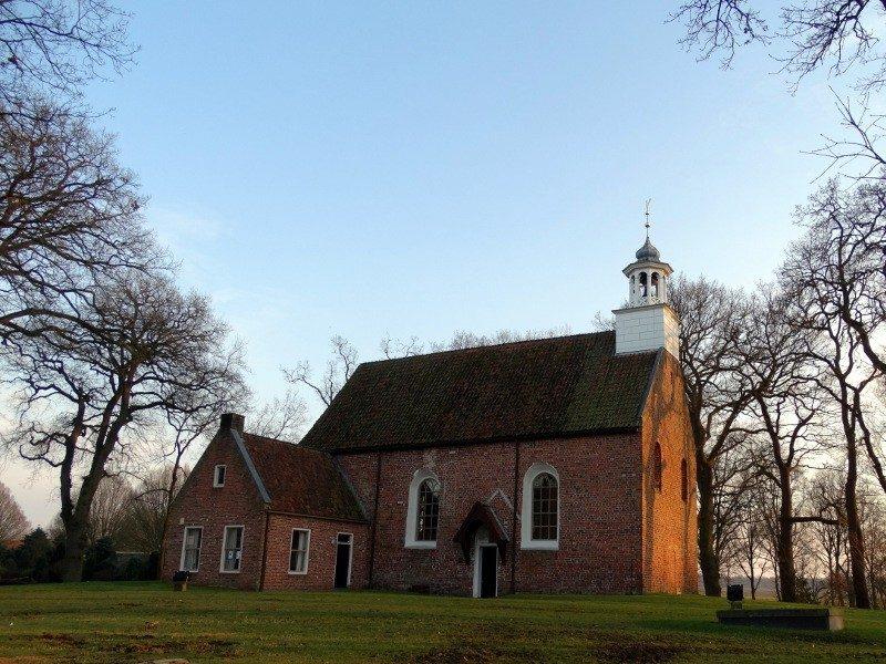 De middeleeuwse kerk van Sellingen