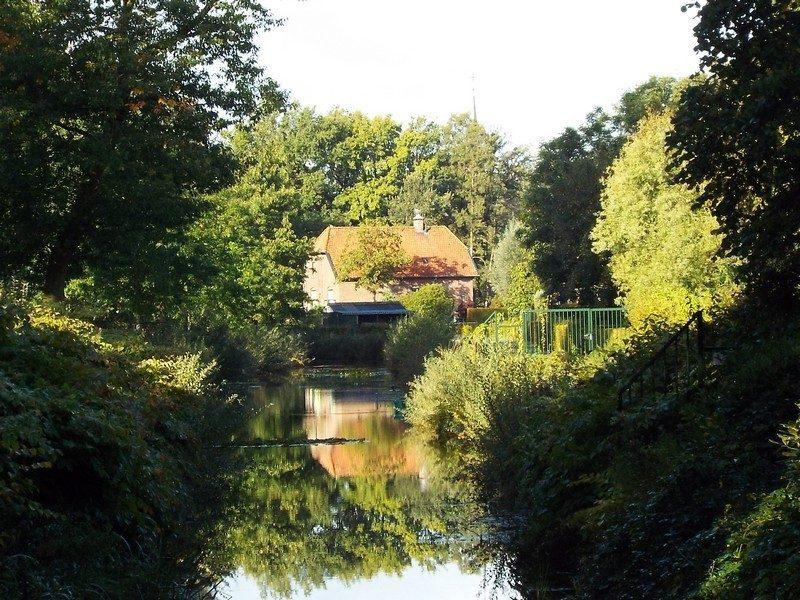 Peelkanaal in het dorp