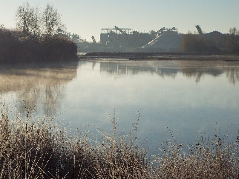 Waterplas bij zandwinning
