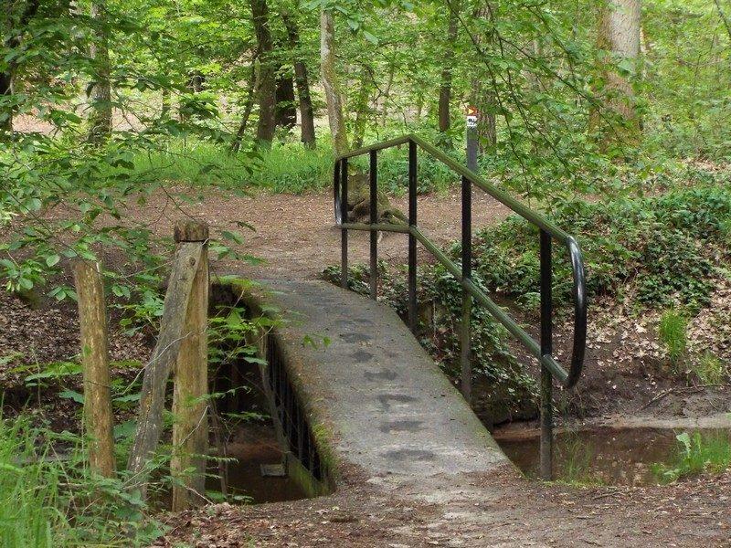 Smalle baileybrug uit de 2e Wereldoorlog