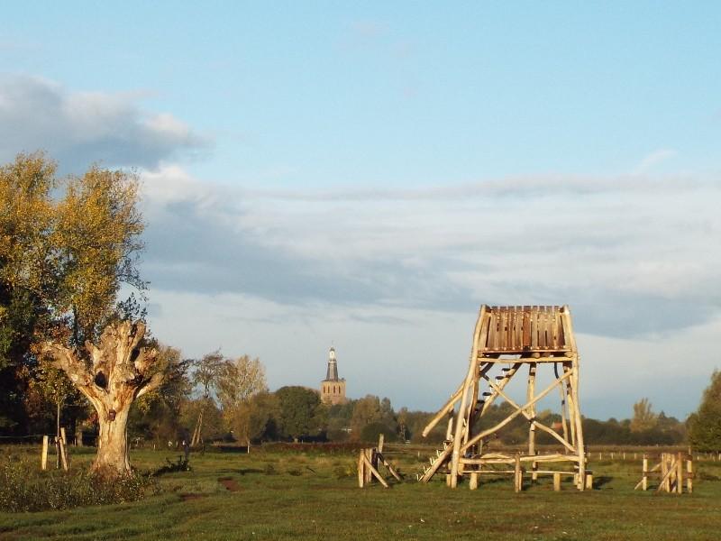Uitkijktoren langs de Dommel