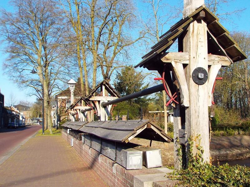 Houten opbouw bij Hambrug