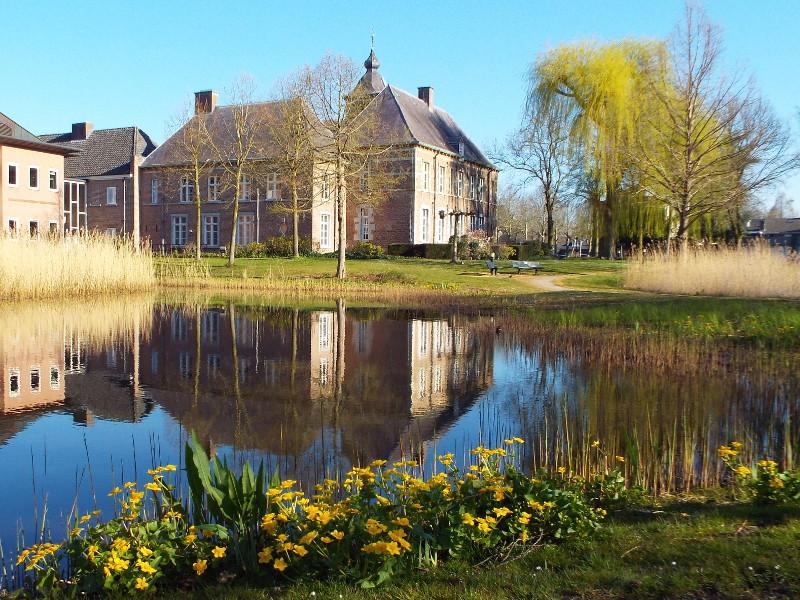 Kasteel-raadhuis Dommelrode of De Bocht