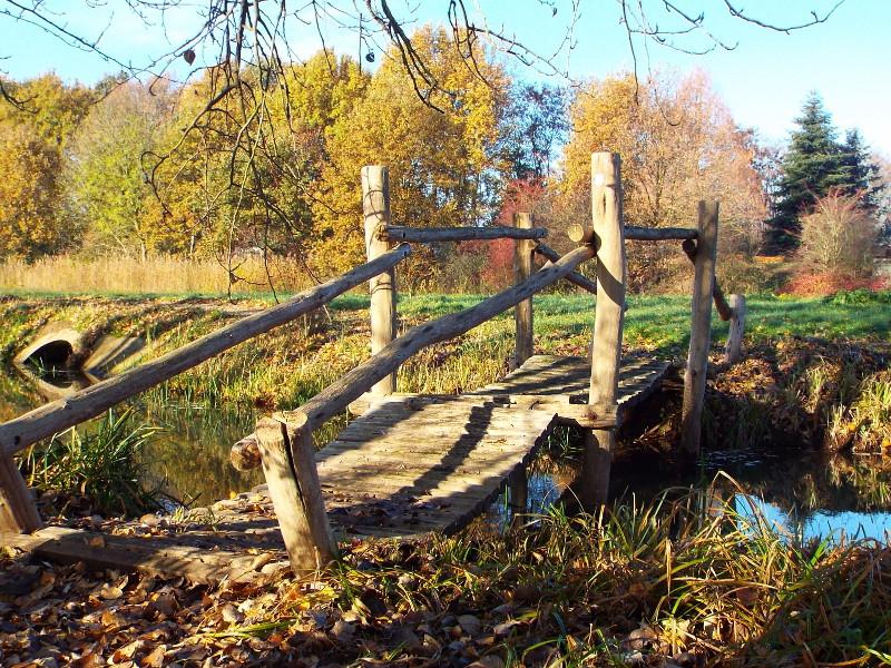 Hangbrugje over de Eckeltse Beek