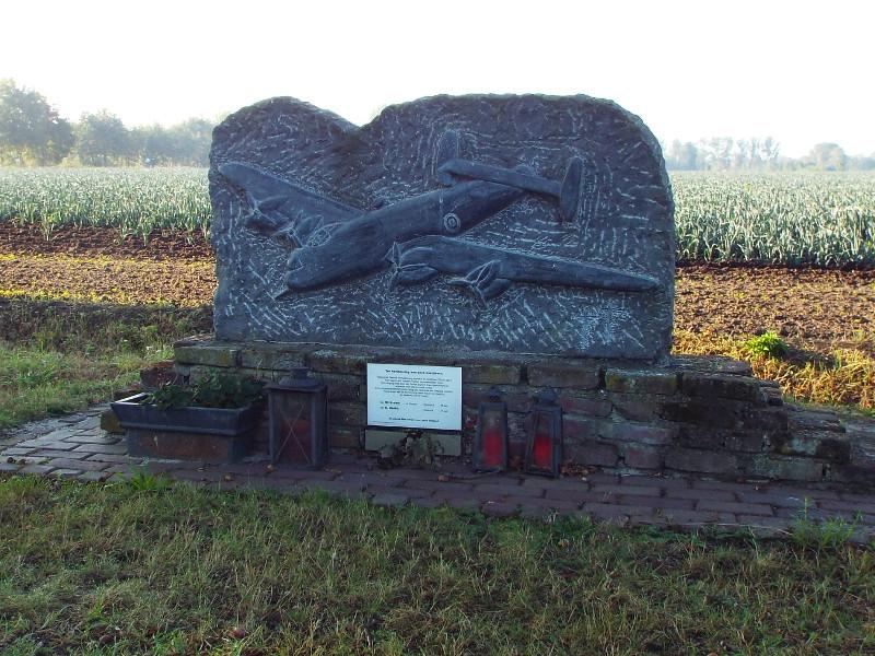 Monument ter nagedachtenis aan bemanning B-17