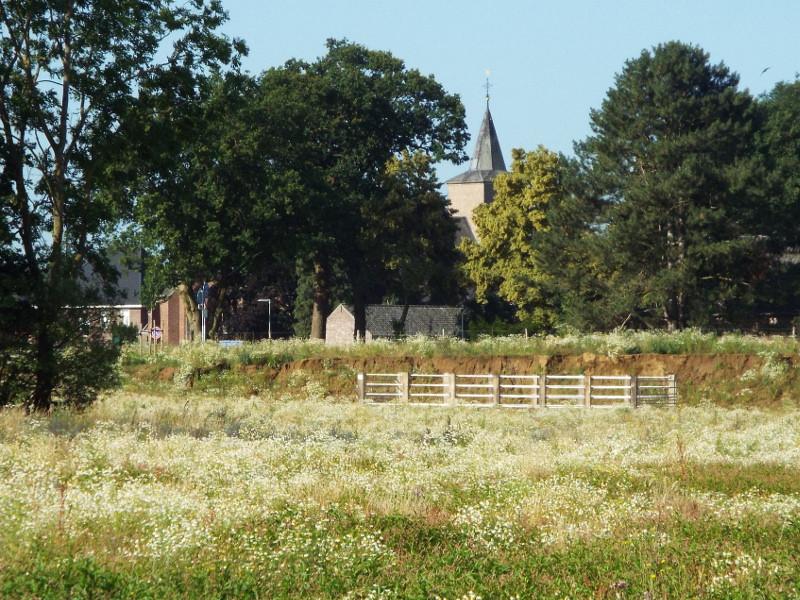 Zicht op de kerk van Blitterswijck